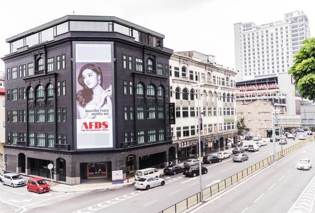 Á hậu Huyền My được mời sang Malaysia diễn thời trang - 2