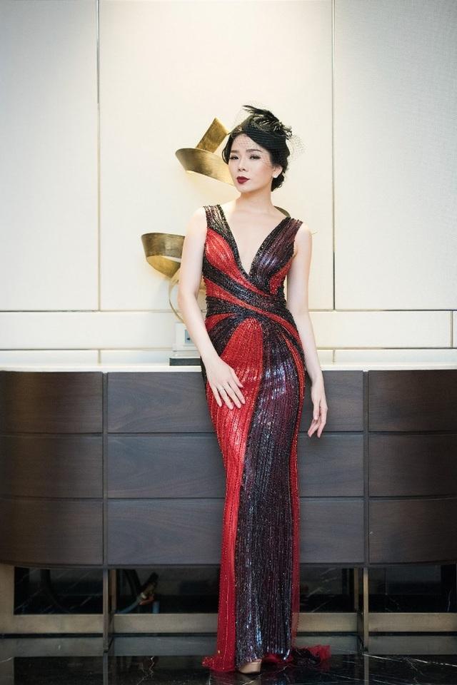 Hồng Nhung, Lệ Quyên đọ sắc Thụy Vân, Đan Lê với váy áo gợi cảm - 15