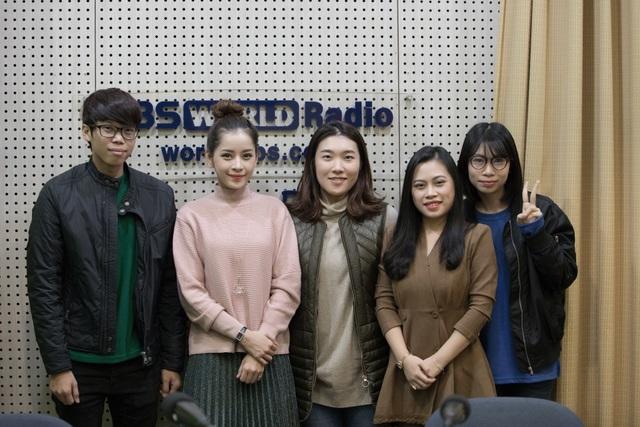 Ngay sau đó cô đã được đài phát thanh truyền hình Quốc gia Hàn Quốc KBS mời phỏng vấn.