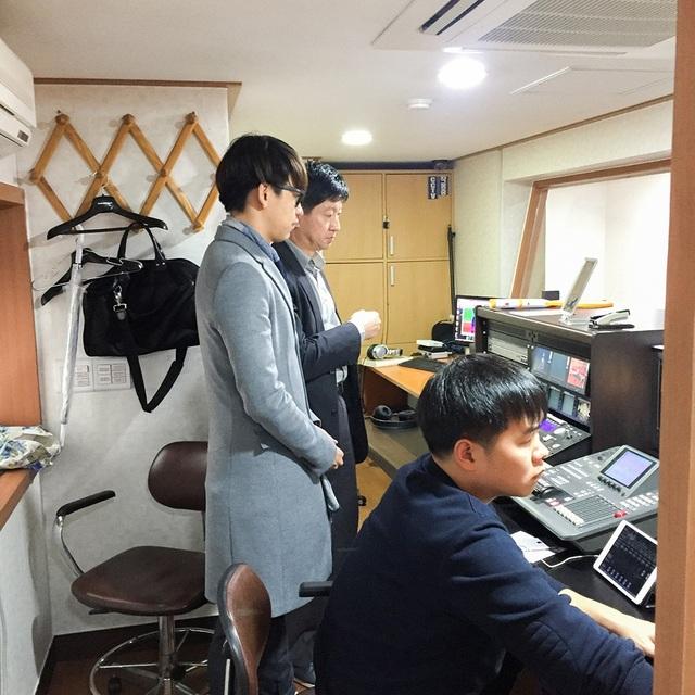 """MC Quang Bảo được sao """"Hậu duệ mặt trời"""", Giám đốc Đài SBS đón tiếp - 8"""