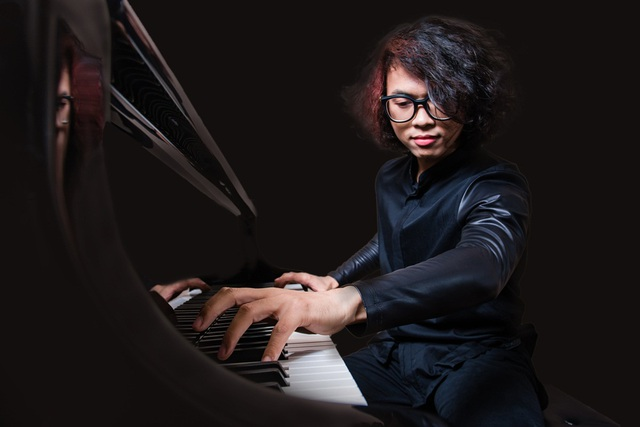 Pianist Tuấn Mạnh - top 30 Forbes Việt Nam.
