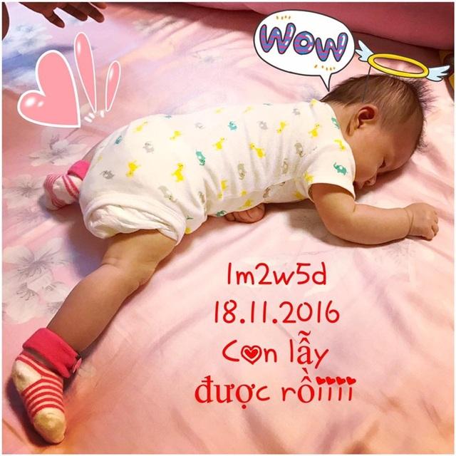 Hình ảnh con gái được Diễm Trang chia sẻ một cách kín đáo.