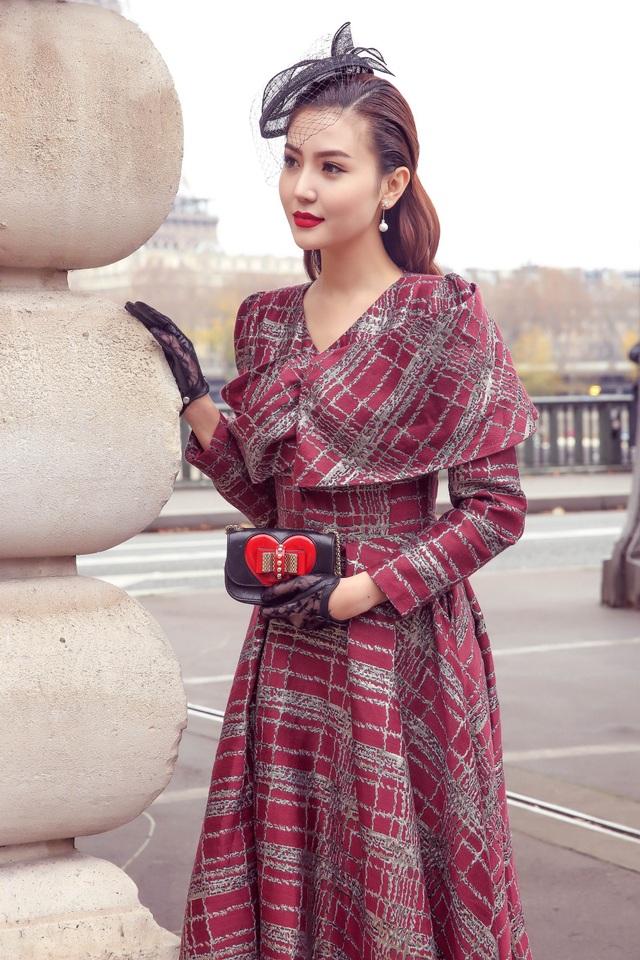 Được biết, sau khi tham dự sự kiện tại Paris, Ngọc Duyên sẽ trở về Việt Nam bắt tay ngay vào dự án điện ảnh mà cô thủ vai chính.
