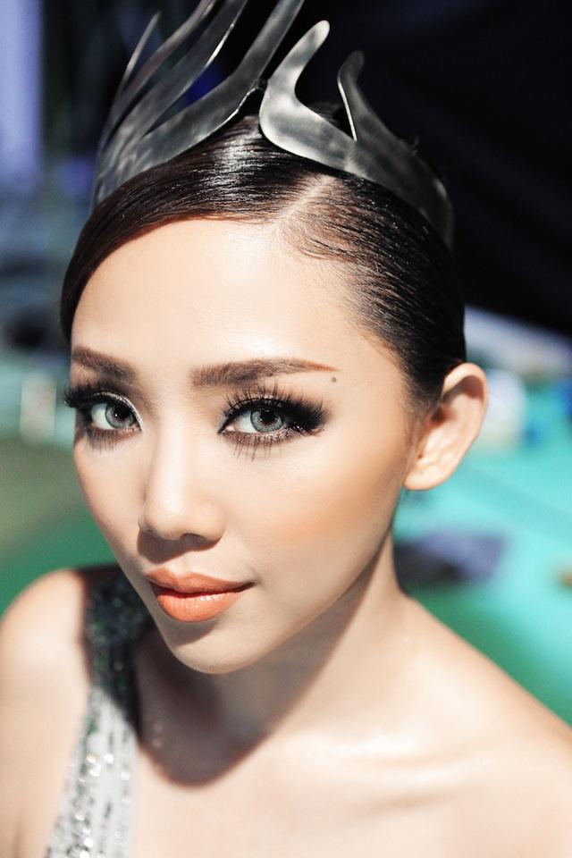 Tóc Tiên từng là người đưa ra thử thách cho các thí sinh The Face.