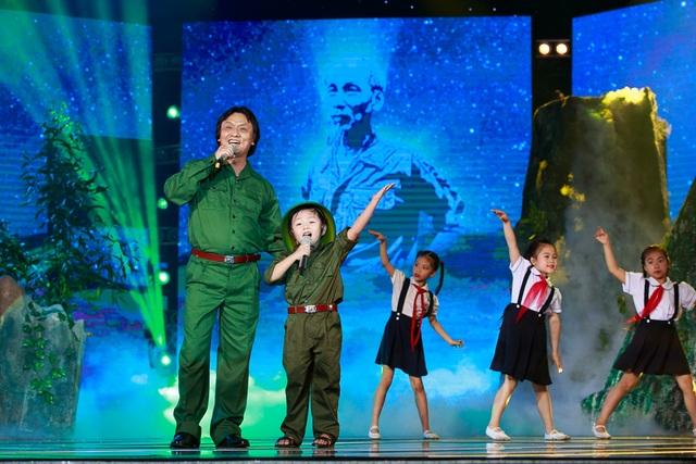 Nghe lại loạt ca khúc ghi dấu ấn NSƯT Quang Lý - 2