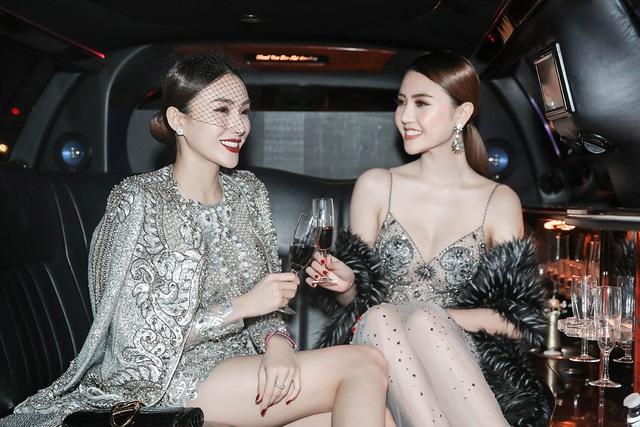 Hoa hậu Ngọc Duyên (phải) và người mẫu Lê Hà (trái).