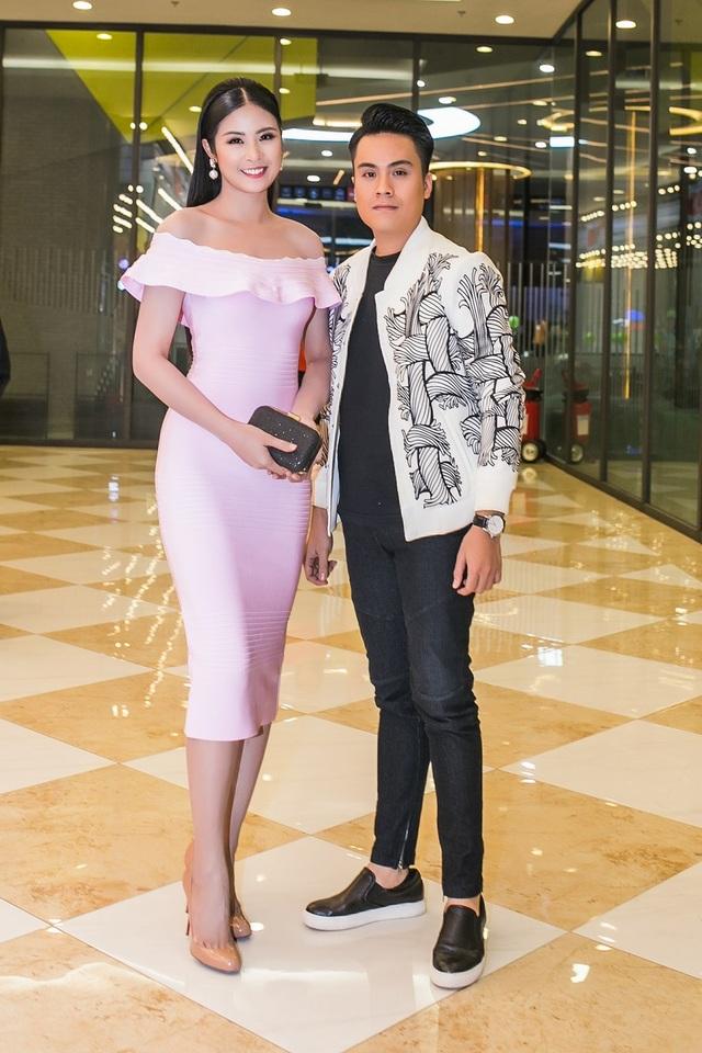 Hoa hậu Ngọc Hân cùng MC Thái Dũng.