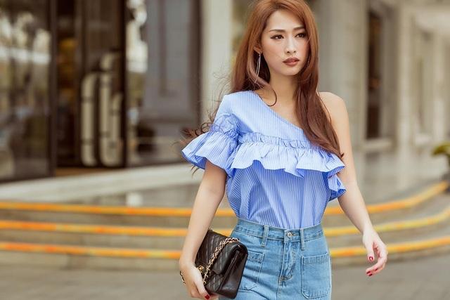 Những cô nàng trẻ trung hãy chọn cho mình một chiếc áo tông màu xanh mát mẻ.