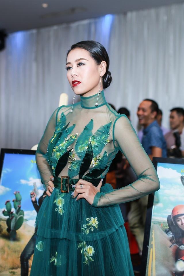 Nam Thư.