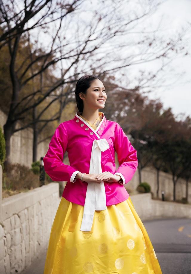 Hoa hậu Mỹ Linh, Á hậu Thanh Tú thăm thành phố cảng Busan - 12