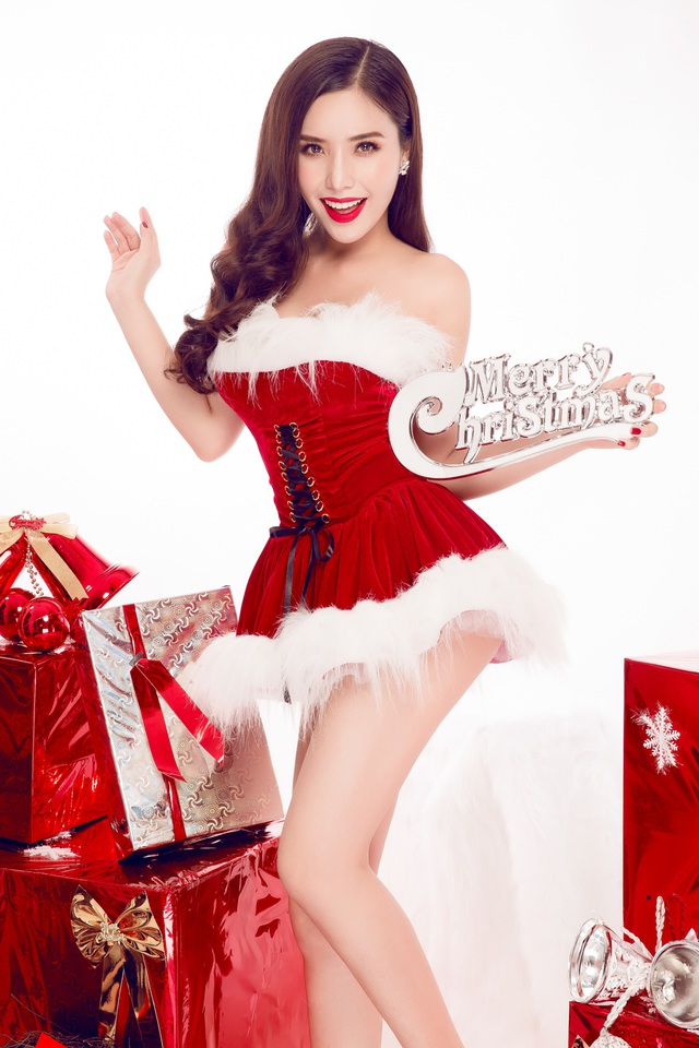Nữ sinh ĐH Nha Trang quyến rũ đón Giáng sinh sớm - 9