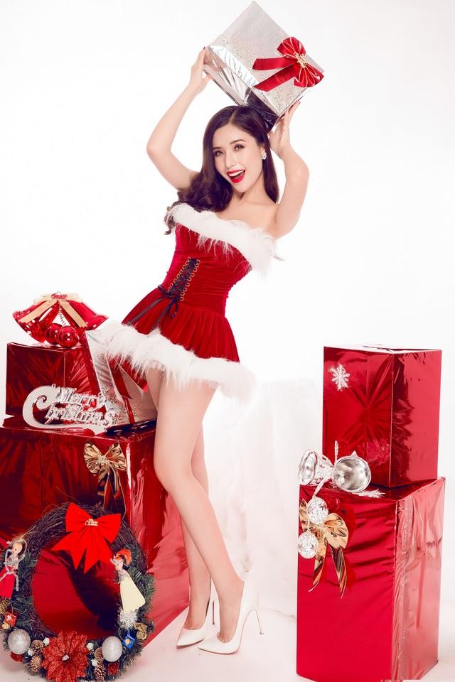 Nữ sinh ĐH Nha Trang quyến rũ đón Giáng sinh sớm - 8