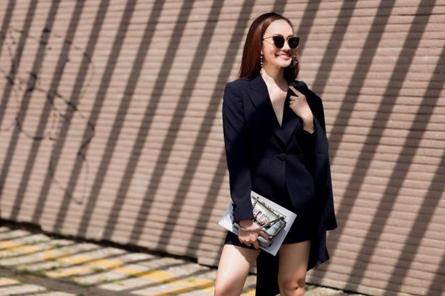 MC Kim Duyên khoe phong cách thời trang tựa nắng mai xuống phố - 5
