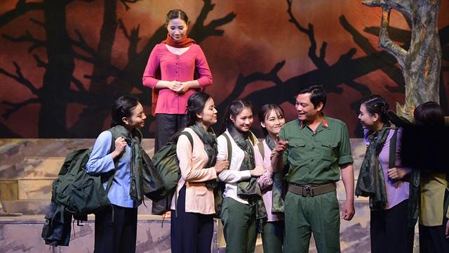 Liên hoan sân khấu thủ đô kỉ niệm 70 năm toàn quốc kháng chiến - 9