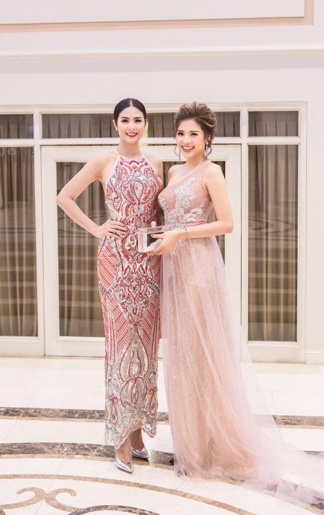 Hoa hậu Đông Nam Á Phan Hoàng Thu đọ sắc bên Hoa hậu Ngọc Hân.