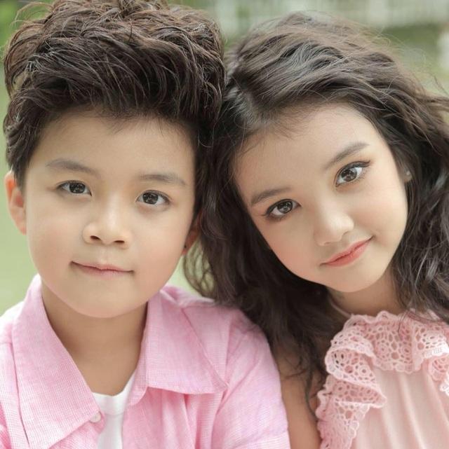 Cặp đôi siêu mẫu nhí Song Bảo ăn ý trong từng concept chụp hình.