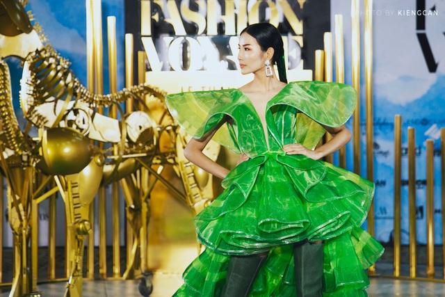 Cuộc hội ngộ đầy cảm hứng của các Nhà thiết kế trong chuyến viễn du Fashion Voyage - 10