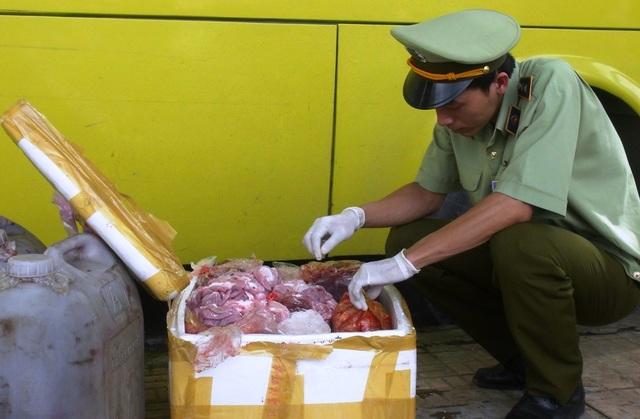Số nội tạng này do một người từ TP Hồ Chí Minh chuyển về An Giang để tiêu thụ thì bị bắt giữ