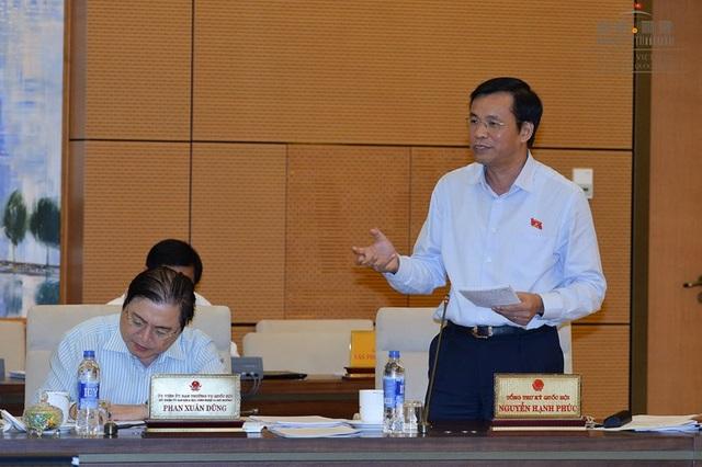 Tổng Thư ký Quốc hội Nguyễn Hạnh Phúc báo cáo UB Thường vụ dự kiến nội dung chương trình kỳ họp Quốc hội thứ 2.