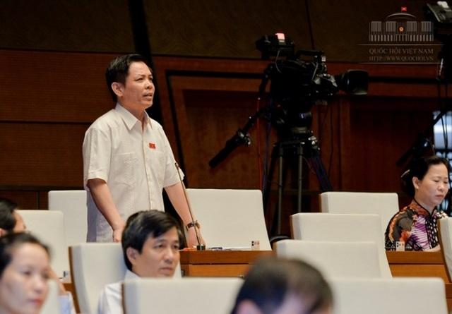 Đại biểu Nguyễn Văn Thể đề xuất làm đường sắt tốc độ cao phải làm tuyến đường đôi để tăng tần suất khai thác, chạy tàu.