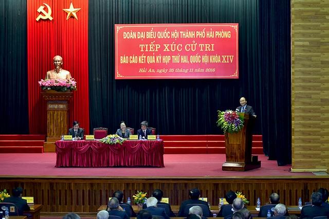 Toàn cảnh phiên tiếp xúc cử tri của Thủ tướng tại Hải Phòng.