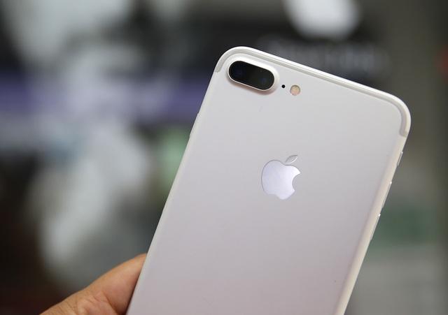 Hình ảnh trên tay iPhone 7 Plus đầu tiên tại Việt Nam - 3