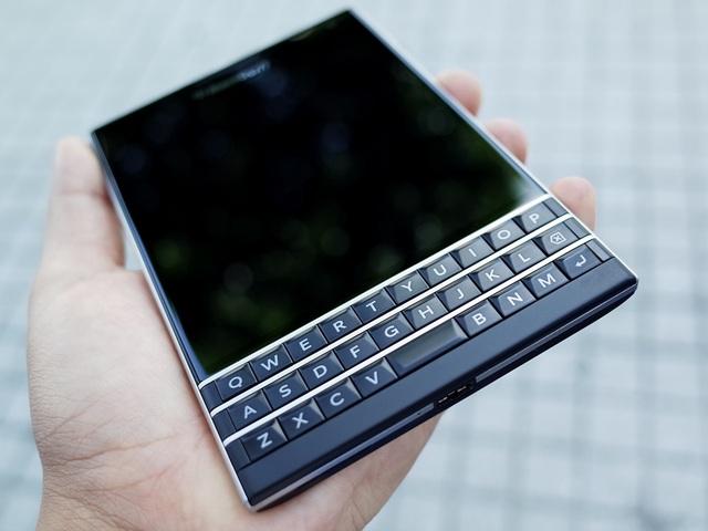 Blackberry Passport phiên bản Qwerty