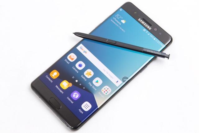7 smartphone được mong đợi nhất trong năm 2017 - 4