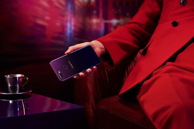 Sắc Tím Tinh Tú vốn là nguồn cảm hứng mạnh mẽ cho thời trang và nghệ thuật, nay đã có mặt trên điện thoại OPPO F9
