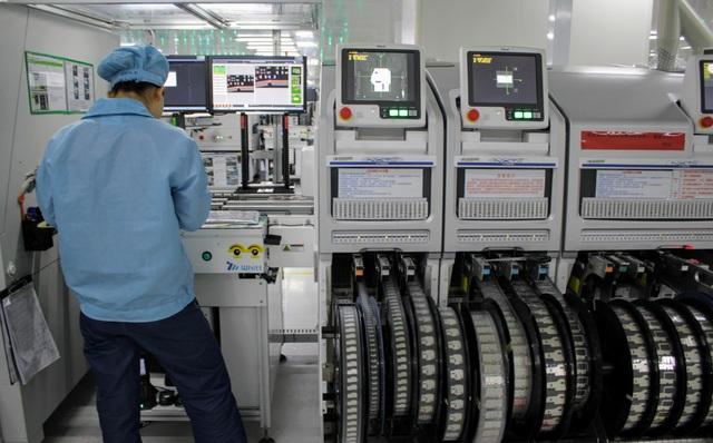 Tìm hiểu quy trình sản xuất smartphone nghiêm ngặt tại nhà máy của Oppo - 2