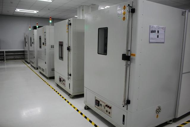 Những lồng máy tái tạo môi trường có nhiệt độ, độ ẩm và bụi khắc nghiệt