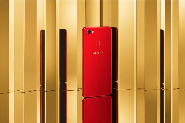 OPPO F7 Đỏ Ánh Dương gây ấn tượng mạnh với màu sắc bắt mắt