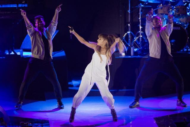 Ngôi sao nhạc Pop sẽ biểu diễn những ca khúc nổi tiếng nhất của mình