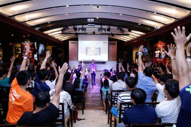 Khán giả hào hứng tham gia trả lời các câu hỏi về Nokia 8.