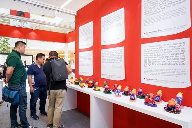 Bức tường tại Cửa hàng tạm thời – nơi lưu giữ những chia sẻ của các em