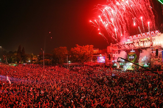 Heineken Countdown nơi những cảm xúc chào đón năm mới của hàng vạn người hâm mộ luôn được bùng cháy cuồng nhiệt