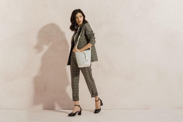Juno là thương hiệu Việt hiếm hoi ra mắt các BST thường xuyên, chất lượng, hợp xu hướng và được nhiều khách hàng ủng hộ.