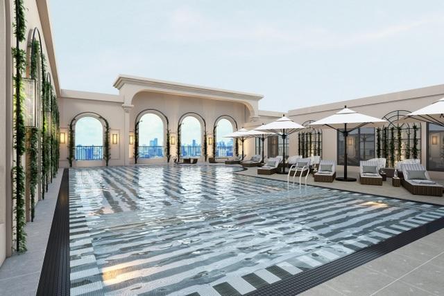 King Palace sở hữu bể bơi tiêu chuẩn 5 sao trên tầng thượng