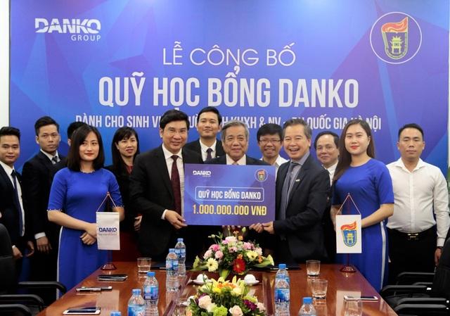 Danko Group công bố Quỹ học bổng trị giá 1 tỷ đồng dành cho SV trường ĐH KHXH&NV - ĐH Quốc gia Hà Nội