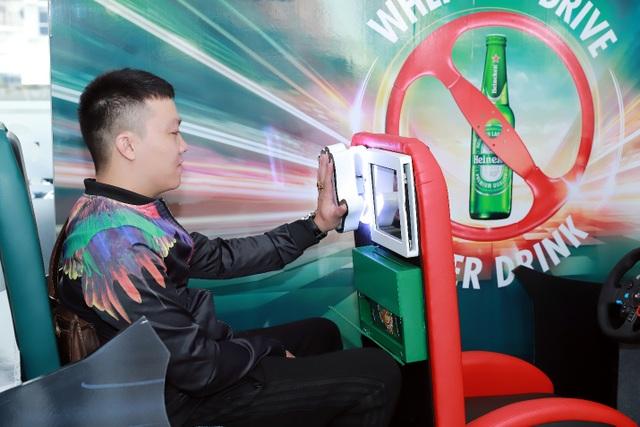 Từ nay đến 2/2/2019 sẽ có hàng nghìn code Grab được phát miễn phí, áp dụng cho khách chọn điểm đến và đi từ 33 nhà hàng tại Hà Nội trong danh sách bit.ly/khonglaixe.