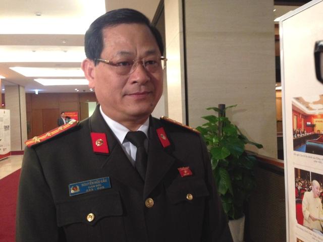 Đại biểu Quốc hội Nguyễn Hữu Cầu, Giám đốc Công an tỉnh Nghệ An (ảnh: Phương Thảo)