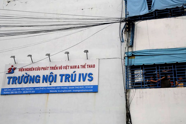 Trường nội trú IVS thuộc Viện Nghiên cứu và Phát triển võ Vovinam và thể thao nằm trên địa bàn phường Linh Trung, Quận Thủ Đức, TPHCM. Đây là ngôi trường đầu tiên tại TPHCM nhận các em học sinh là thành phần cá biệt và nghiện game có độ tuổi từ lớp 6 đến hết PTTH.