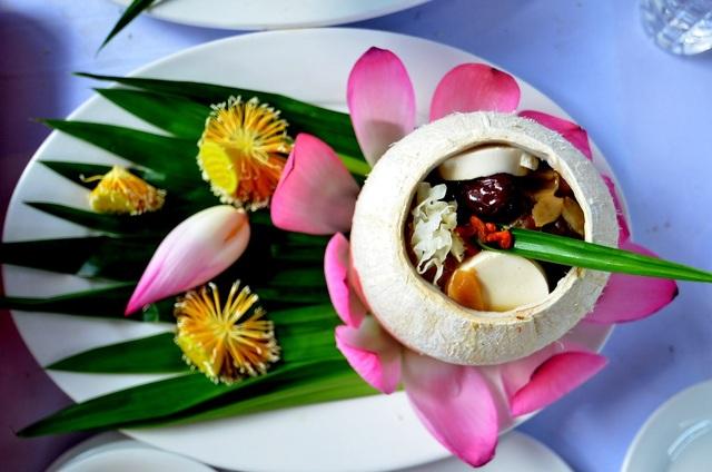 Chất liệu tạo nên món ăn Việt khá dồi dào và phong phú.