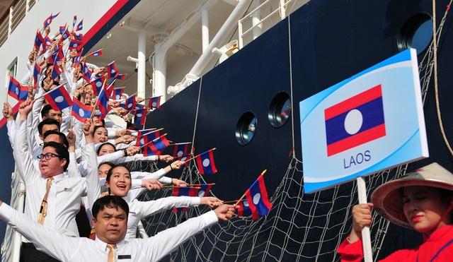Đại biểu thanh niên Lào.