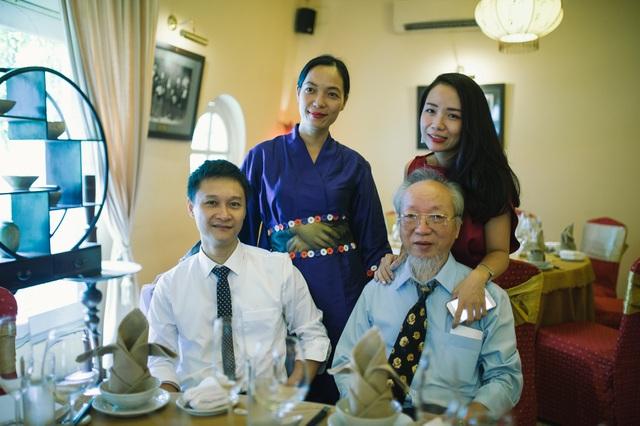 Nguyễn Hoàng Điệp và gia đình.