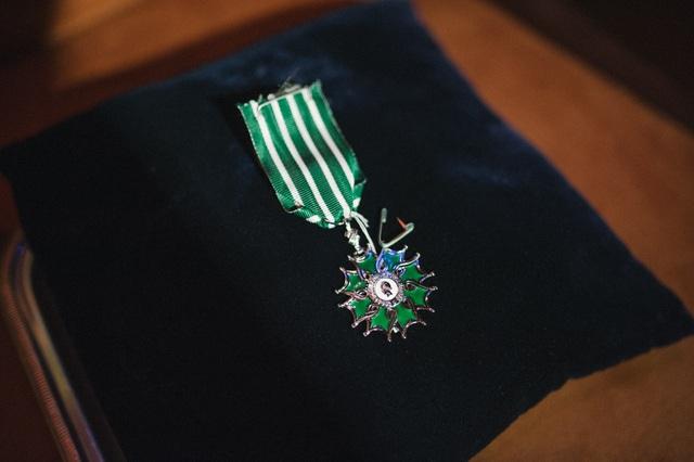 Nguyễn Hoàng Điệp nhận Huân chương Hiệp sĩ của chính phủ Pháp tại Hà Nội - 4