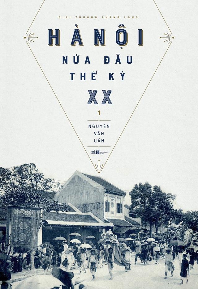 Hội sách Hà Nội giới thiệu cuốn Hà Nội nửa đầu thế kỷ XX. Ảnh: TL.
