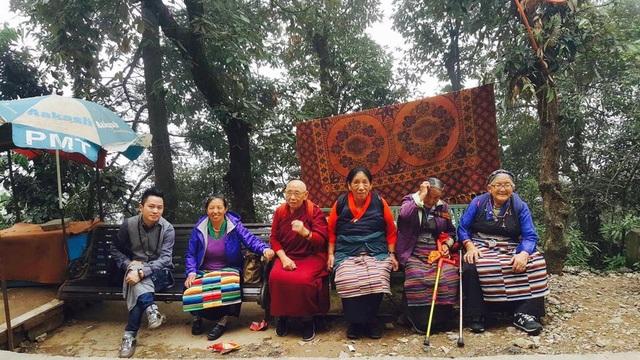 Tùng Dương nghỉ chạy show, hành hương về đất Phật - Ấn Độ - 8