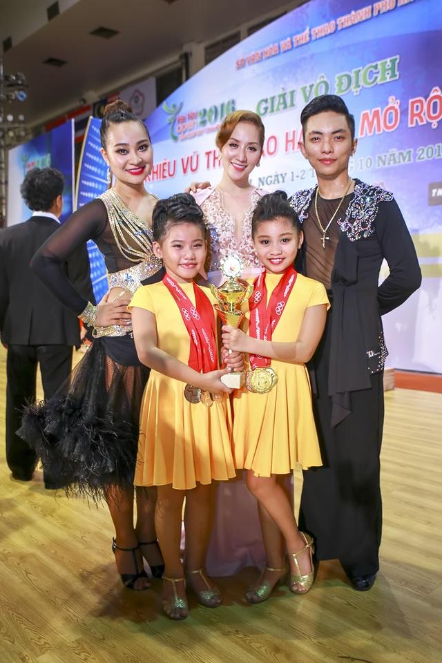 Khánh Thi, Phan Hiển, Vân Diễm và các học trò