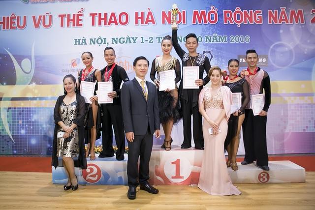 Kết quả chung cuộc, cặp đôi Phan Hiển và Vân Diễm đạt giải Vô địch.